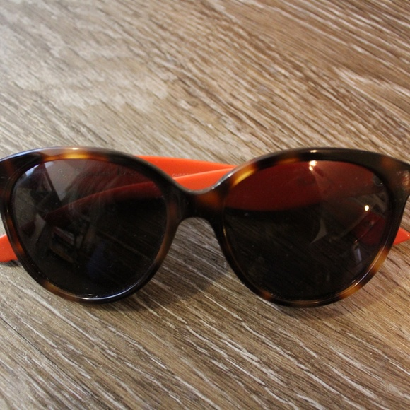 1231e76043d Dior Accessories - Dior Cat Eye Envol 3 LWKEJ Gently Used Sunglasses